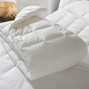Active Anti Allergy King Duvet - 220x260 cms