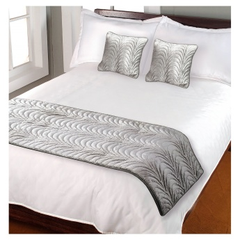 Cherdyn Bed Runner - Set of 3