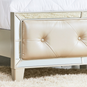 Majestic Bed - 180x210 cms