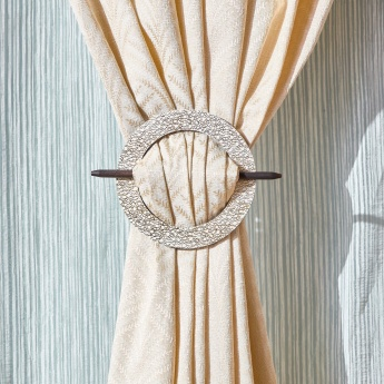 Guinea Curtain Tieback with Pin