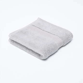 Aristocrat Textured Fingertip Towel 30x30 Cms Bathroom Towels
