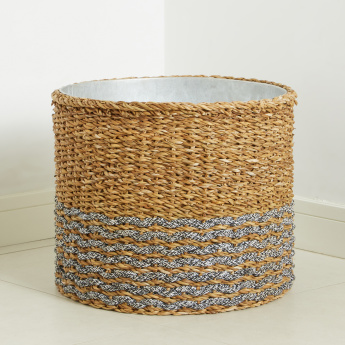 Scolette Textured Planter