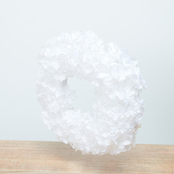 Hydrangea Flower Wreath with Pearl Detail