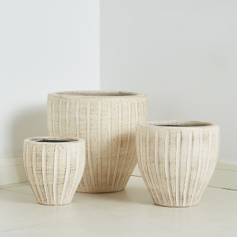 Muztag Textured Pot Planter