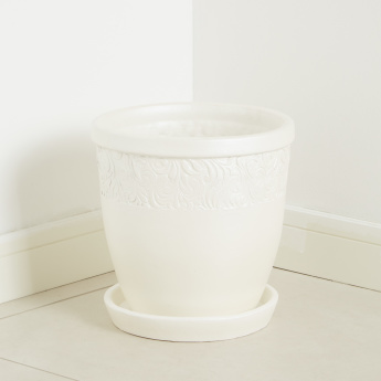 Belle Glade Terracotta Planter with Saucer