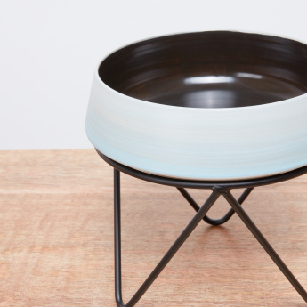 Sancy Circular Pot with Stand