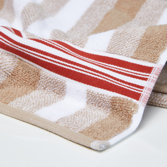 Pure Source Graphics Striped Bath Towel - 70x140 cms