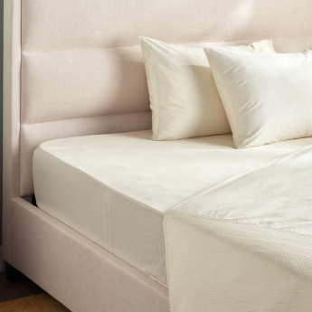 Eternity Luxe Queen Fitted Sheet - 155x205 cms